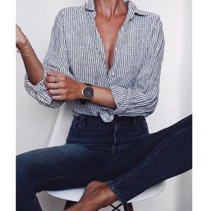 ZARA • high rise faded black wash skinny jeans 4/s